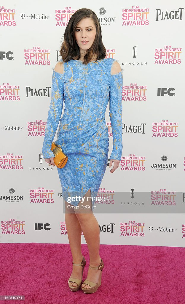 Actress Mary Elizabeth Winstead arrives at the 2013 Film Independent Spirit Awards at Santa Monica Beach on February 23, 2013 in Santa Monica, California.