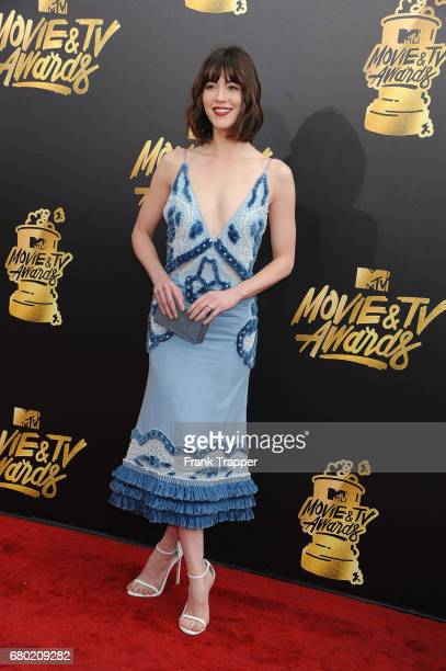 Actress Mary Elizabeth Winstead arrives at the 2017 MTV Movie And TV Awards at The Shrine Auditorium