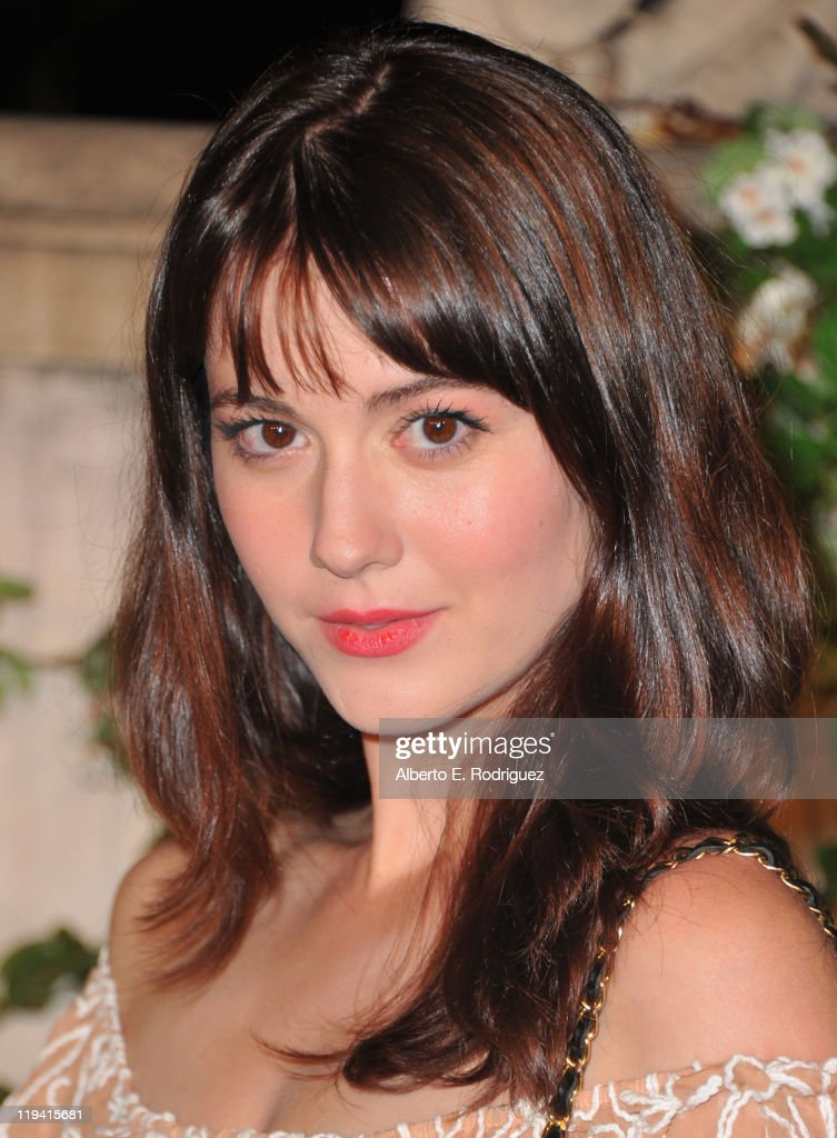 Actress <a gi-track='captionPersonalityLinkClicked' href=/galleries/search?phrase=Mary+Elizabeth+Winstead&family=editorial&specificpeople=782914 ng-click='$event.stopPropagation()'>Mary Elizabeth Winstead</a> attends MIU MIU presents Lucrecia Martel's 'Muta' on July 19, 2011 in Beverly Hills, California.