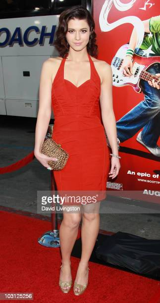 Actress Mary Elizabeth Winstead attends the premiere of Universal Pictures' 'Scott Pilgrim vs the World' at Grauman's Chinese Theatre on July 27 2010...