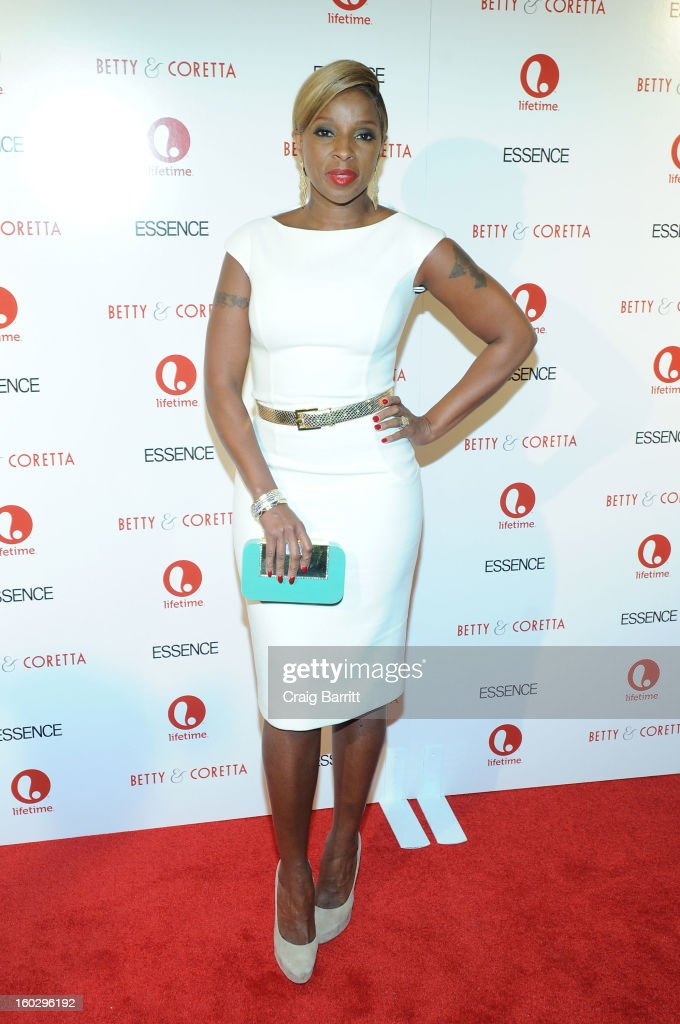 Actress <a gi-track='captionPersonalityLinkClicked' href=/galleries/search?phrase=Mary+J.+Blige&family=editorial&specificpeople=171124 ng-click='$event.stopPropagation()'>Mary J. Blige</a> attends the premiere of 'Betty & Coretta' to celebrate with Lifetime and cast at Tribeca Cinemas on January 28, 2013 in New York City.