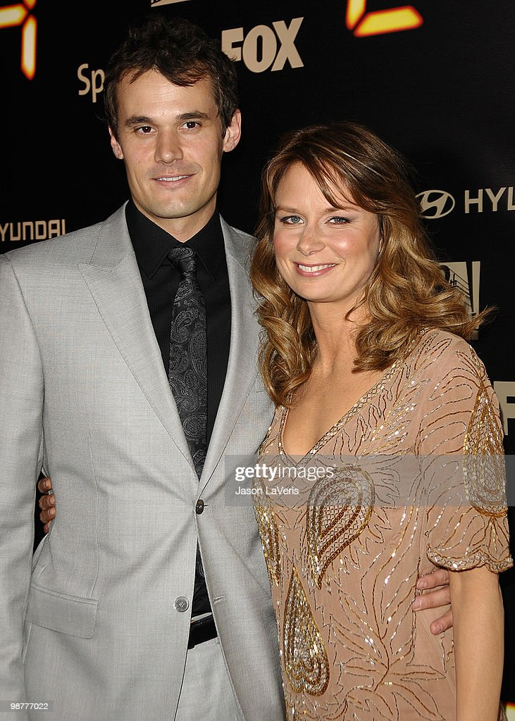 Actress Mary Lynn Rajskub (R) and husband Matthew Rolph attend the '24' series finale party at Boulevard3 on April 30, 2010 in Hollywood, California.