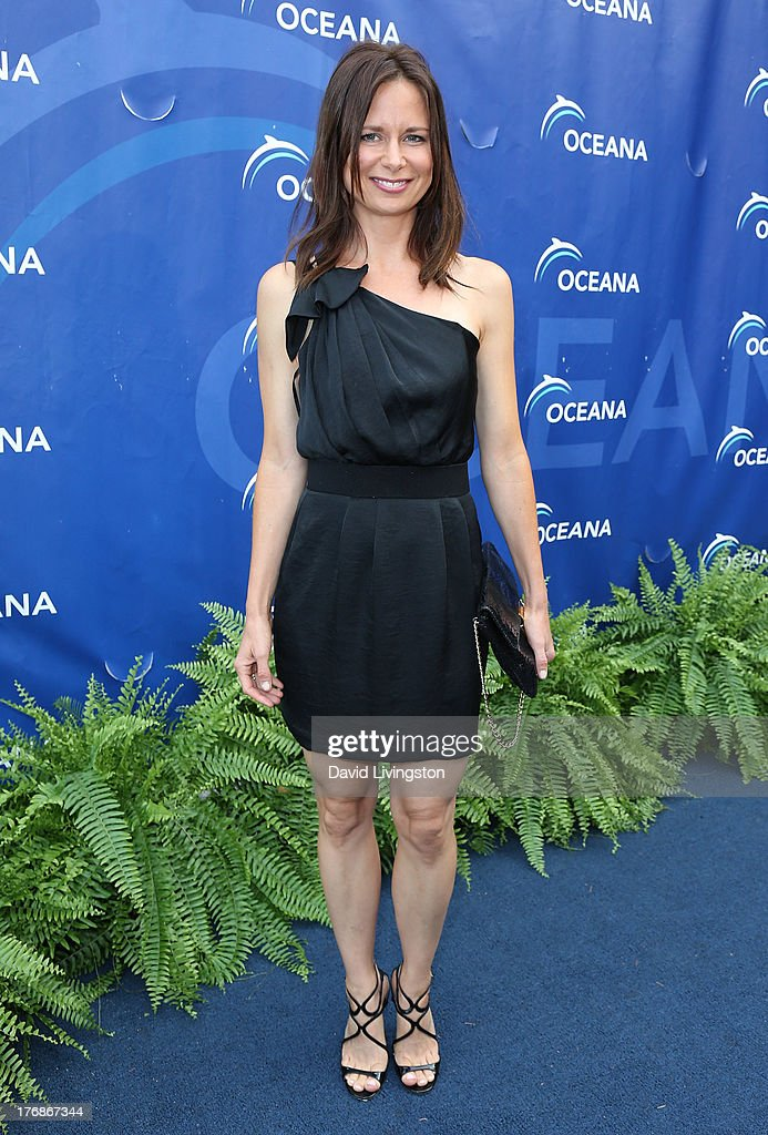 Actress <a gi-track='captionPersonalityLinkClicked' href=/galleries/search?phrase=Mary+Lynn+Rajskub&family=editorial&specificpeople=545522 ng-click='$event.stopPropagation()'>Mary Lynn Rajskub</a> attends Oceana's 6th Annual SeaChange Summer Party at Villa di Sogni on August 18, 2013 in Laguna Beach, California.