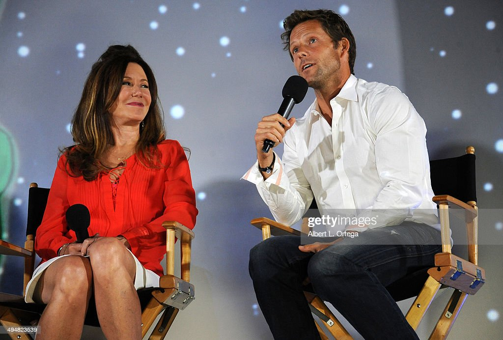 Actress Mary McDonnell and actor Jamie Bamber participate in the 5th Annual Hero Complex Film Festival - 'Battlestar Galactica' Screening and Q&A held at the TCL Chinese Theater on May 30, 2014 in Hollywood, California.