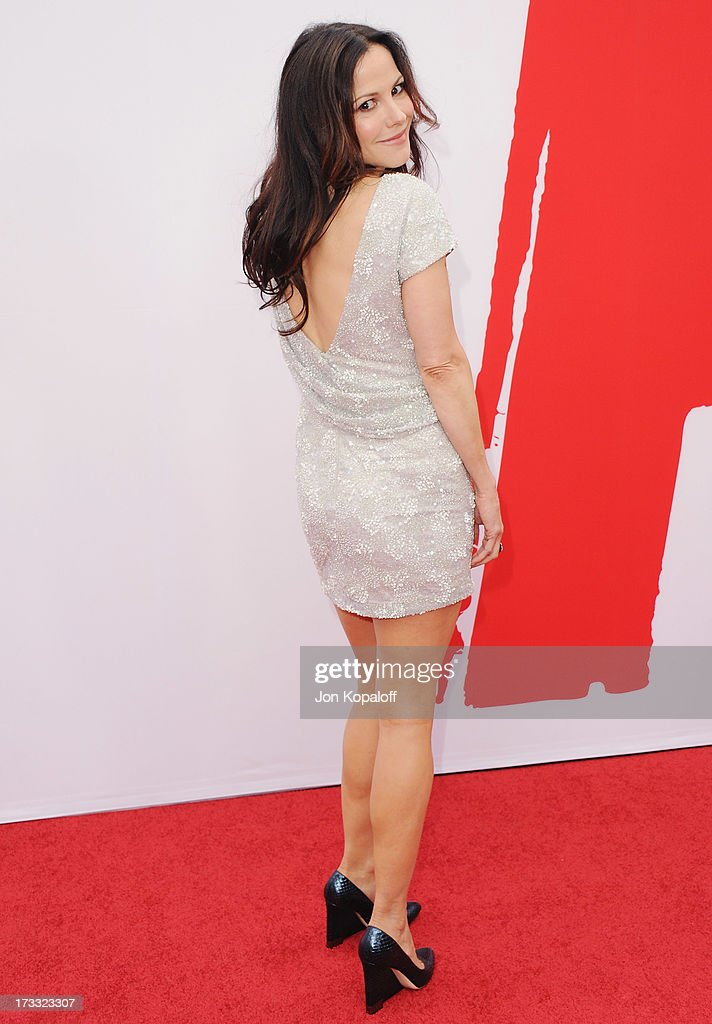 Actress Mary-Louise Parker arrives at the Los Angeles Premiere 'Red 2' at Westwood Village on July 11, 2013 in Los Angeles, California.