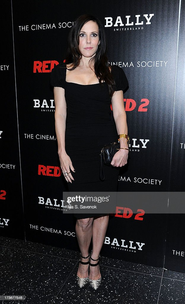 Actress <a gi-track='captionPersonalityLinkClicked' href=/galleries/search?phrase=Mary-Louise+Parker&family=editorial&specificpeople=208766 ng-click='$event.stopPropagation()'>Mary-Louise Parker</a> attends The Cinema Society And Bally Host A Screening Of Summit Entertainment's 'Red 2' at The Museum of Modern Art on July 16, 2013 in New York City.