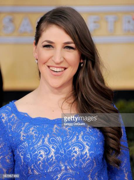 Actress Mayim Bialik arrives at the 19th Annual Screen Actors Guild Awards at The Shrine Auditorium on January 27 2013 in Los Angeles California