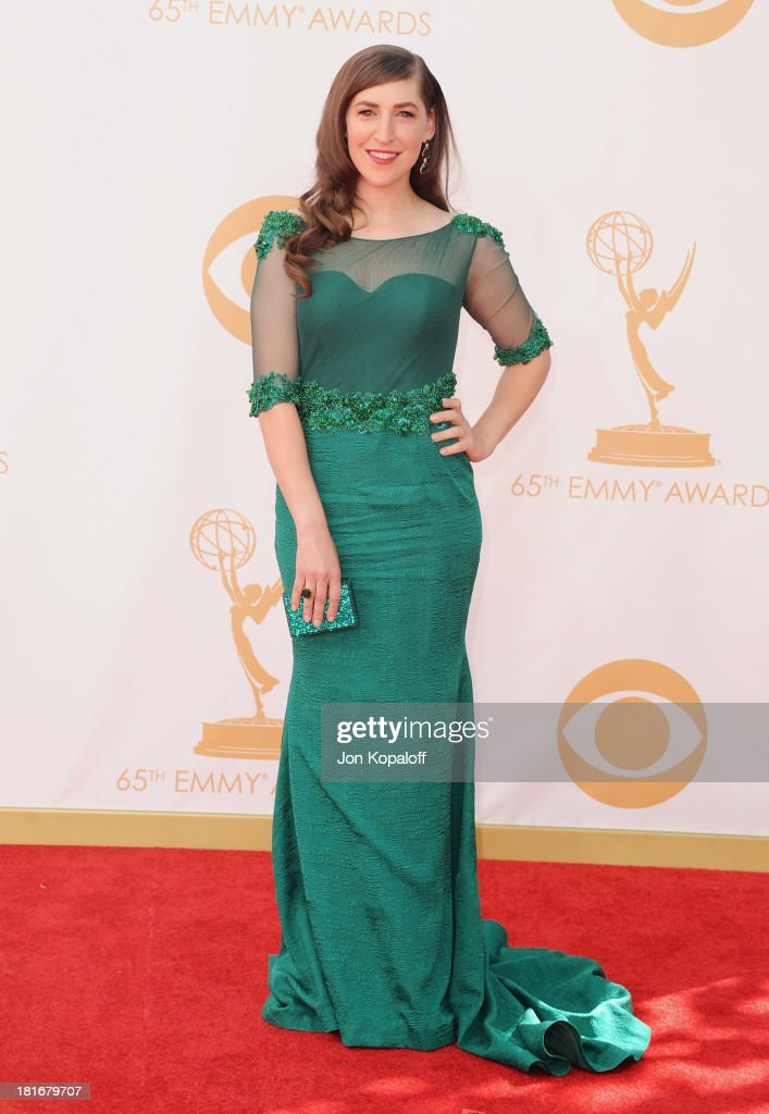 Actress <a gi-track='captionPersonalityLinkClicked' href=/galleries/search?phrase=Mayim+Bialik&family=editorial&specificpeople=1539271 ng-click='$event.stopPropagation()'>Mayim Bialik</a> arrives at the 65th Annual Primetime Emmy Awards at Nokia Theatre L.A. Live on September 22, 2013 in Los Angeles, California.
