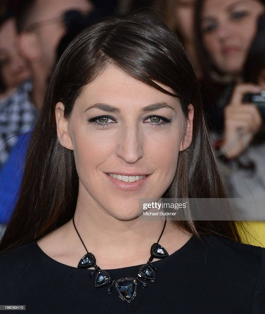 Actress <a gi-track='captionPersonalityLinkClicked' href=/galleries/search?phrase=Mayim+Bialik&family=editorial&specificpeople=1539271 ng-click='$event.stopPropagation()'>Mayim Bialik</a> arrives at the premiere of Summit Entertainment's 'The Twilight Saga: Breaking Dawn Part 2' at Nokia Theatre L.A. Live on November 12, 2012 in Los Angeles, California.