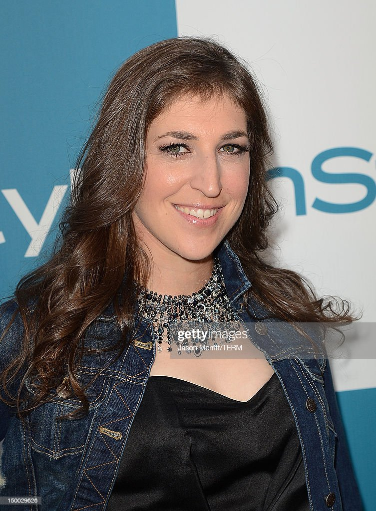 Actress <a gi-track='captionPersonalityLinkClicked' href=/galleries/search?phrase=Mayim+Bialik&family=editorial&specificpeople=1539271 ng-click='$event.stopPropagation()'>Mayim Bialik</a> attends the 11th annual InStyle summer soiree held at The London Hotel on August 8, 2012 in West Hollywood, California.