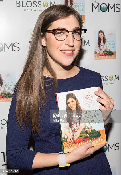 Actress Mayim Bialik attends The Moms Mayim Bialik at Blossom on Carmine on February 24 2014 in New York City