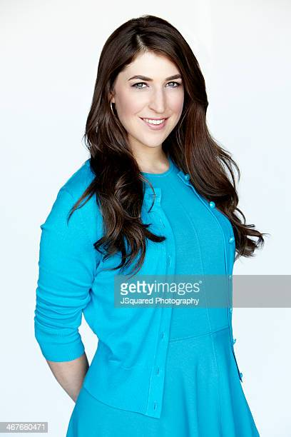 Actress Mayim Bialik is photographed for Self Assignment on September 2 2013 in Los Angeles California