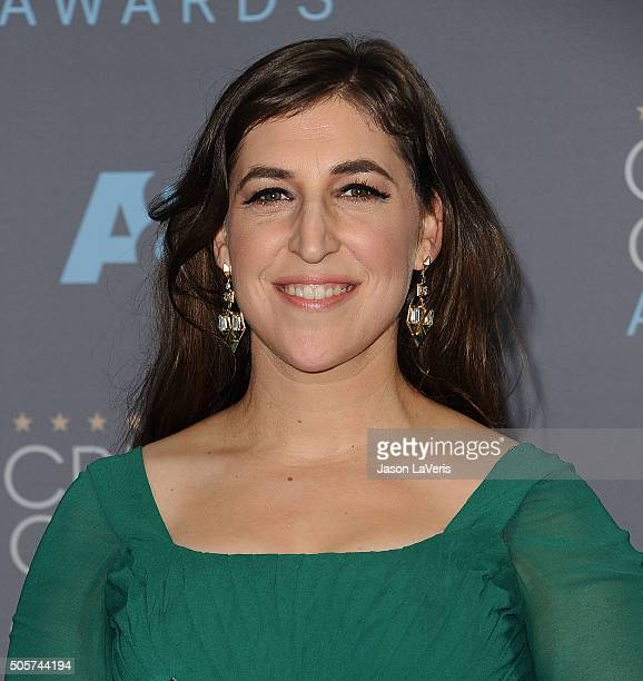 Actress Mayim Bialik poses in the press room at the 21st annual Critics' Choice Awards at Barker Hangar on January 17 2016 in Santa Monica California