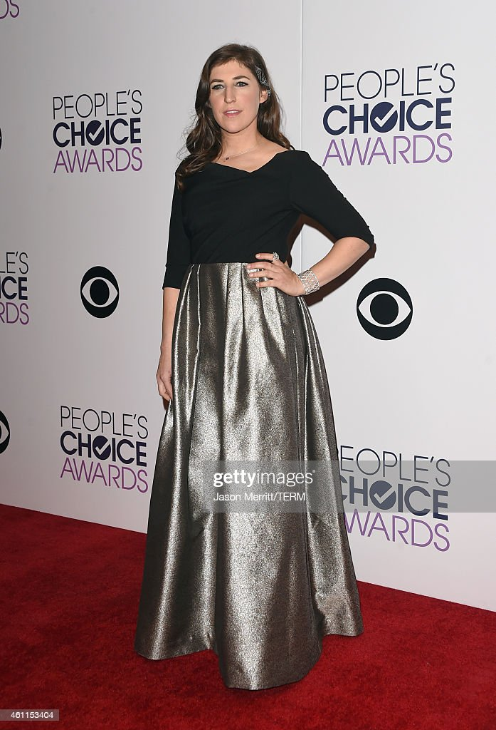 Actress Mayim Bialik poses in the press room at The 41st Annual People's Choice Awards at Nokia Theatre LA Live on January 7, 2015 in Los Angeles, California.