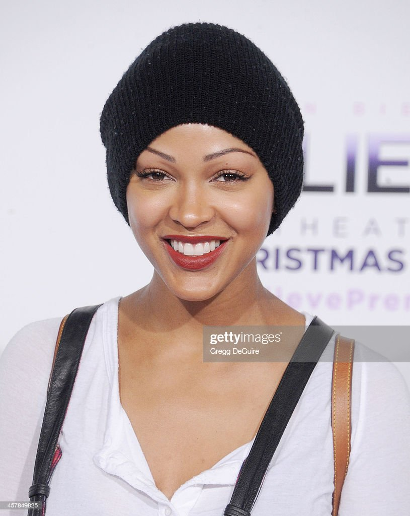 Actress <a gi-track='captionPersonalityLinkClicked' href=/galleries/search?phrase=Meagan+Good&family=editorial&specificpeople=171680 ng-click='$event.stopPropagation()'>Meagan Good</a> arrives at the world premiere of 'Justin Bieber's Believe' at Regal Cinemas L.A. Live on December 18, 2013 in Los Angeles, California.
