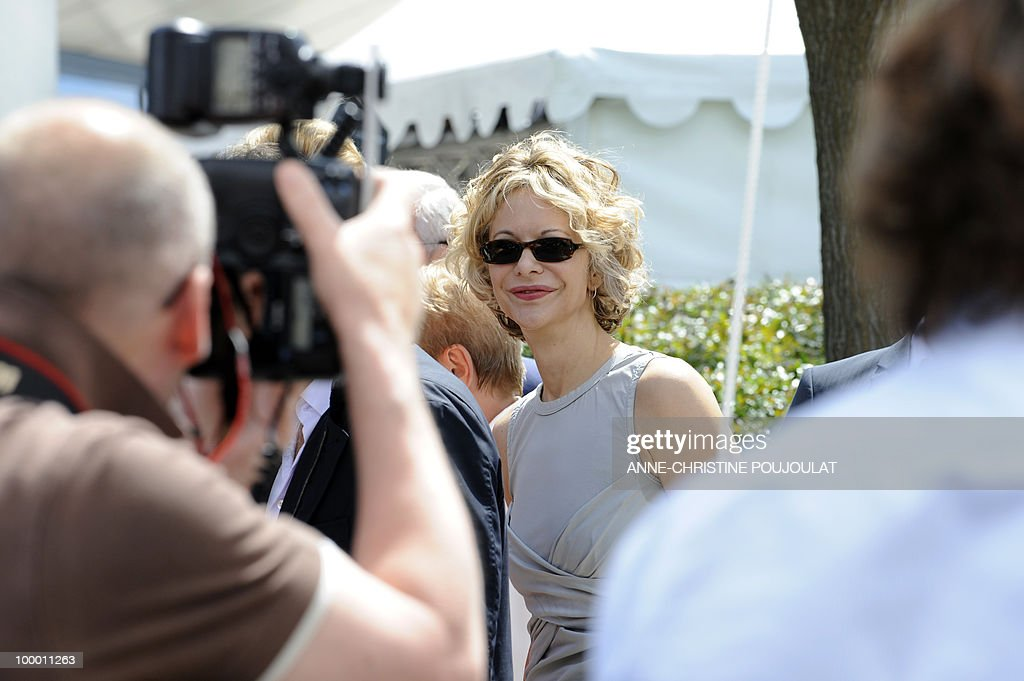 US actress Meg Ryan arrives to pose for the photocall 'Countdown to Zero' presented in a special screening at the 63rd Cannes Film Festival on May 16, 2010 in Cannes.