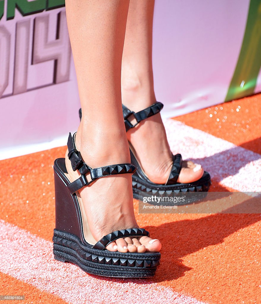 Actress Megan Fox (shoe detail) arrives at the Nickelodeon Kids' Choice Sports Awards 2014 on July 17, 2014 in Los Angeles, California.