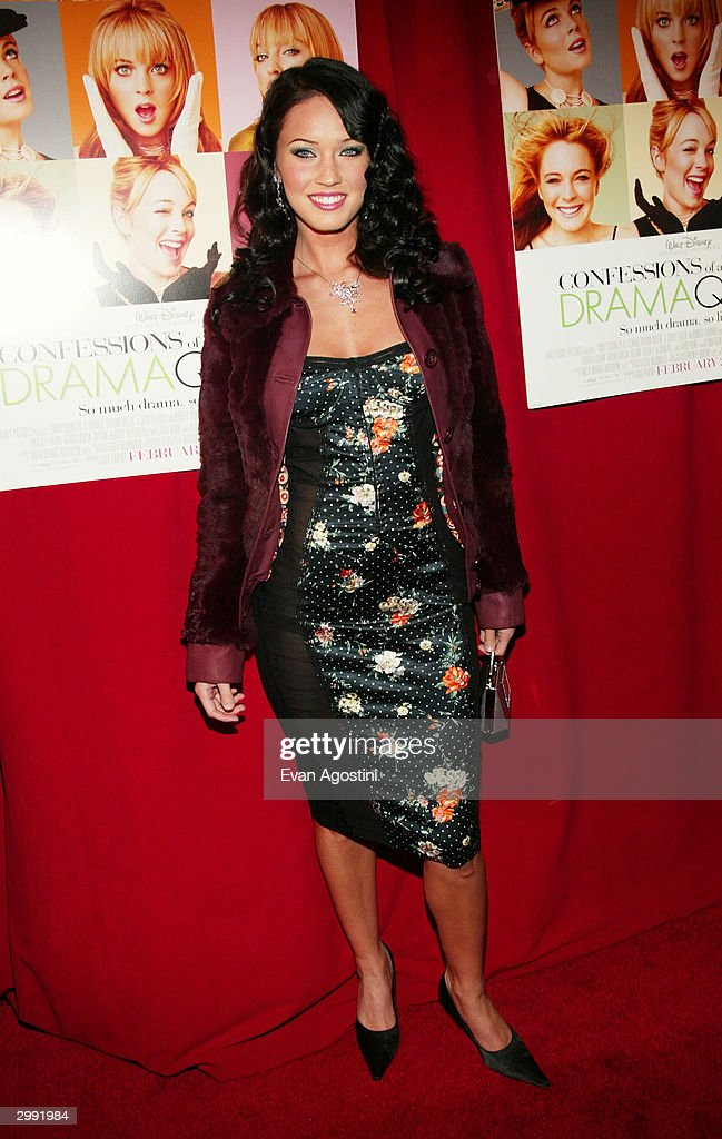 Actress Megan Fox attends the 'Confessions Of A Teenage Drama Queen' premiere at the Loews E-Walk Theater February 17, 2004 in New York City.