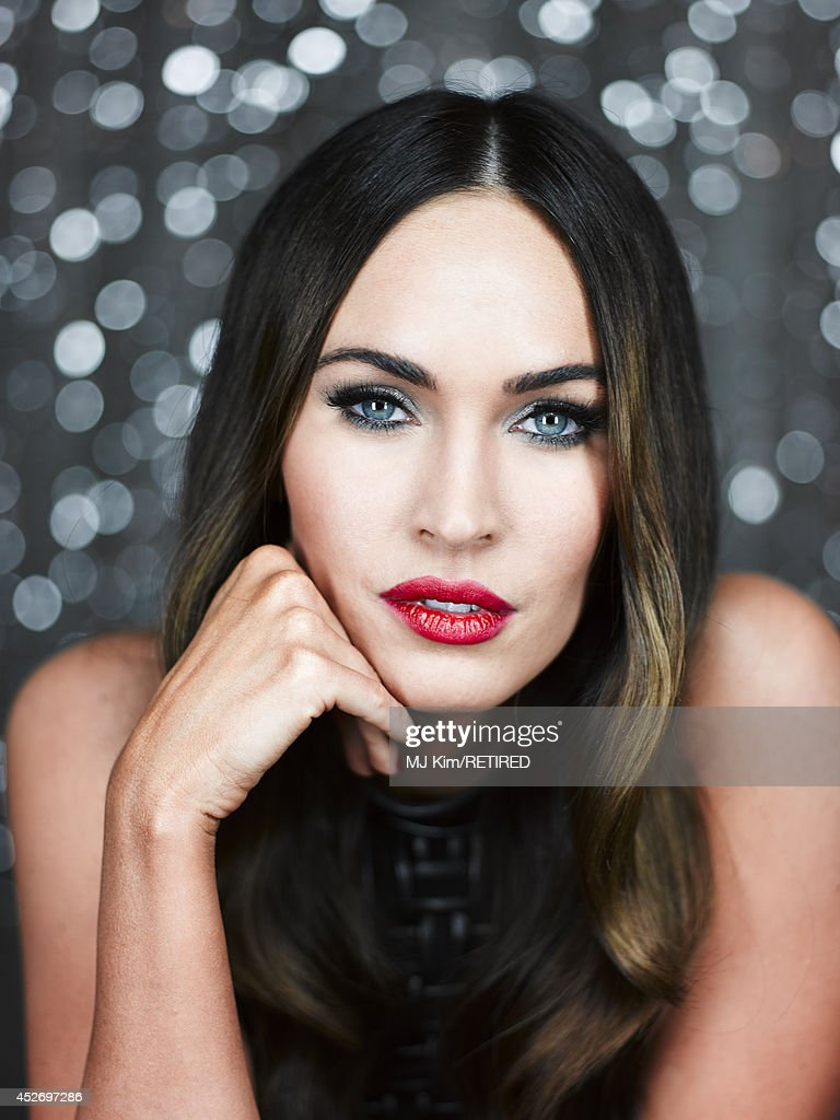 Actress <a gi-track='captionPersonalityLinkClicked' href=/galleries/search?phrase=Megan+Fox&family=editorial&specificpeople=2239934 ng-click='$event.stopPropagation()'>Megan Fox</a> poses for a portrait at the Getty Images Portrait Studio powered by Samsung Galaxy at Comic-Con International 2014 at Hard Rock Hotel San Diego on July 25, 2014 in San Diego, California.