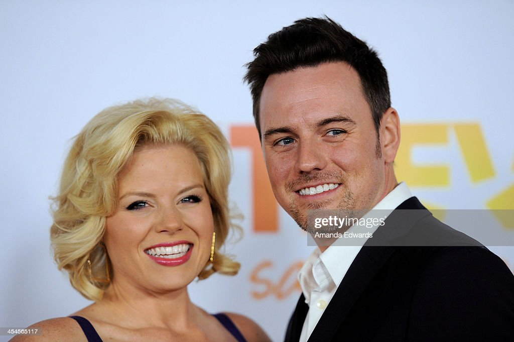Actress <a gi-track='captionPersonalityLinkClicked' href=/galleries/search?phrase=Megan+Hilty&family=editorial&specificpeople=602492 ng-click='$event.stopPropagation()'>Megan Hilty</a> (L) and her husband Brian Gallagher arrive at the TevorLIVE Los Angeles Benefit celebrating The Trevor Project's 15th anniversary at the Hollywood Palladium on December 8, 2013 in Hollywood, California.