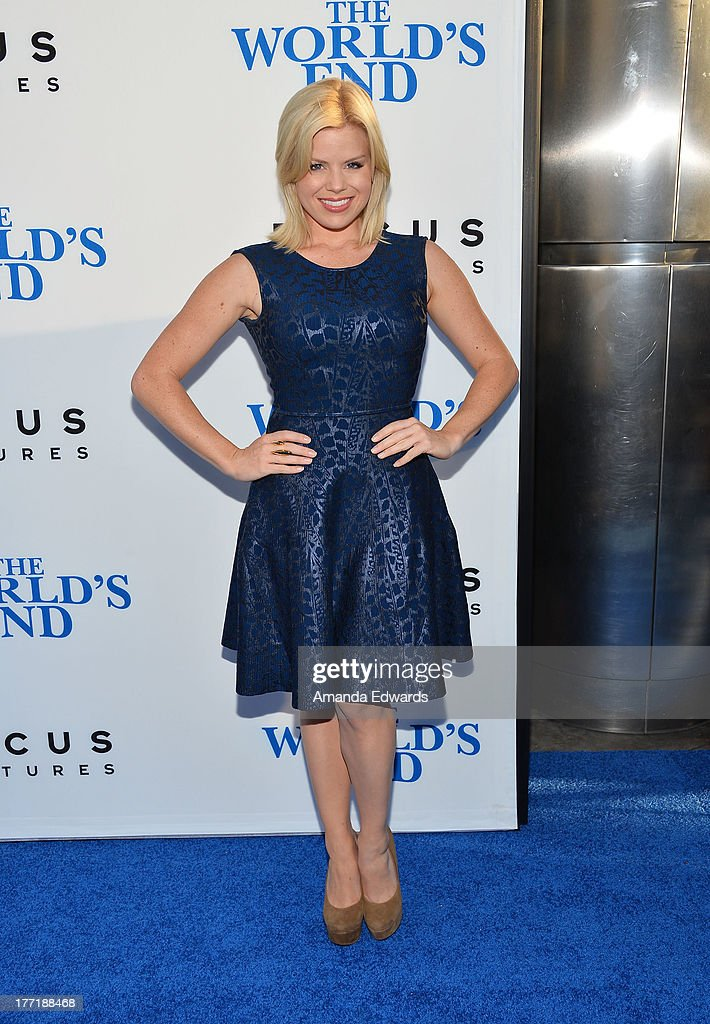 Actress <a gi-track='captionPersonalityLinkClicked' href=/galleries/search?phrase=Megan+Hilty&family=editorial&specificpeople=602492 ng-click='$event.stopPropagation()'>Megan Hilty</a> arrives at the Los Angeles premiere of 'The World's End' at ArcLight Cinemas Cinerama Dome on August 21, 2013 in Hollywood, California.