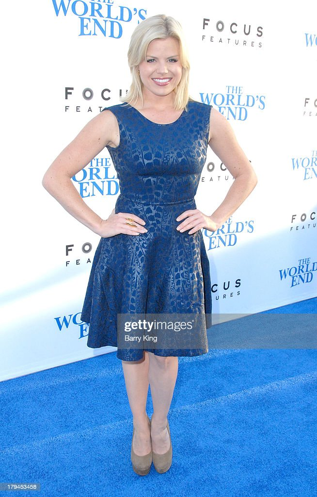 Actress <a gi-track='captionPersonalityLinkClicked' href=/galleries/search?phrase=Megan+Hilty&family=editorial&specificpeople=602492 ng-click='$event.stopPropagation()'>Megan Hilty</a> arrives at the Los Angeles Premiere 'The World's End' on August 21, 2013 at ArcLight Cinemas Cinerama Dome in Hollywood, California.