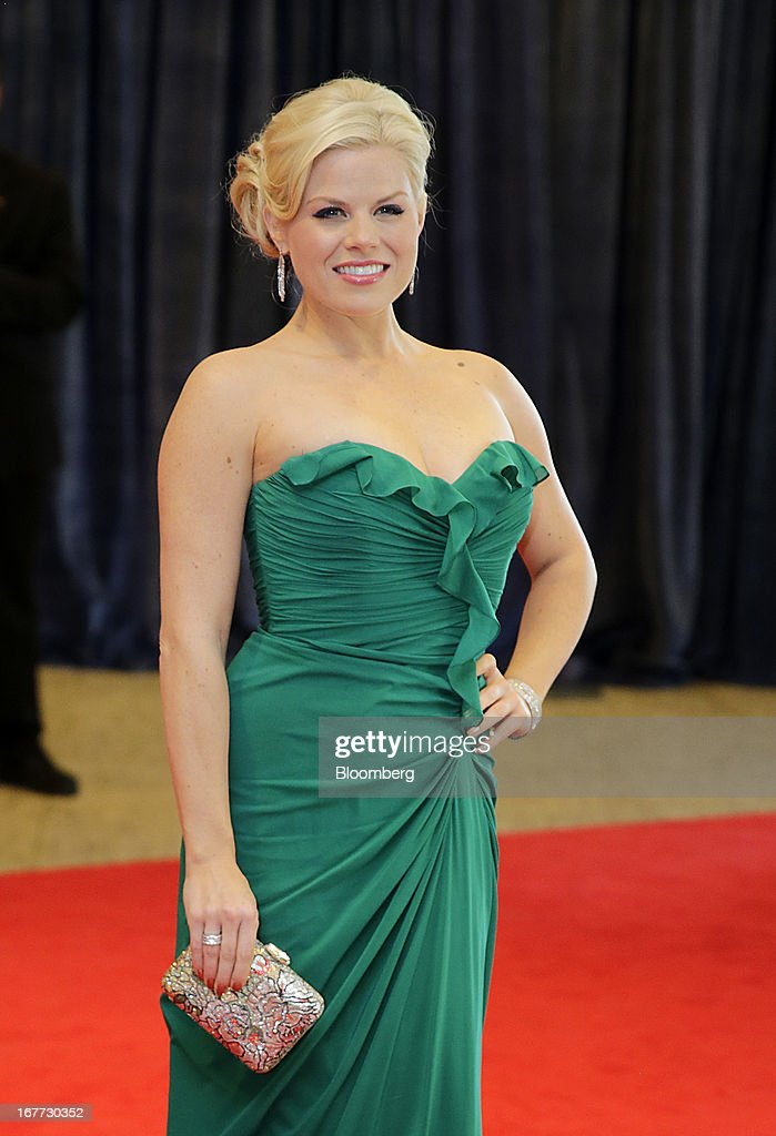 Actress <a gi-track='captionPersonalityLinkClicked' href=/galleries/search?phrase=Megan+Hilty&family=editorial&specificpeople=602492 ng-click='$event.stopPropagation()'>Megan Hilty</a> arrives for the White House Correspondents' Association (WHCA) dinner in Washington, D.C., U.S., on Saturday, April 27, 2013. The 99th annual dinner raises money for WHCA scholarships and honors the recipients of the organization's journalism awards. Photographer: Scott Eells/Bloomberg via Getty Images