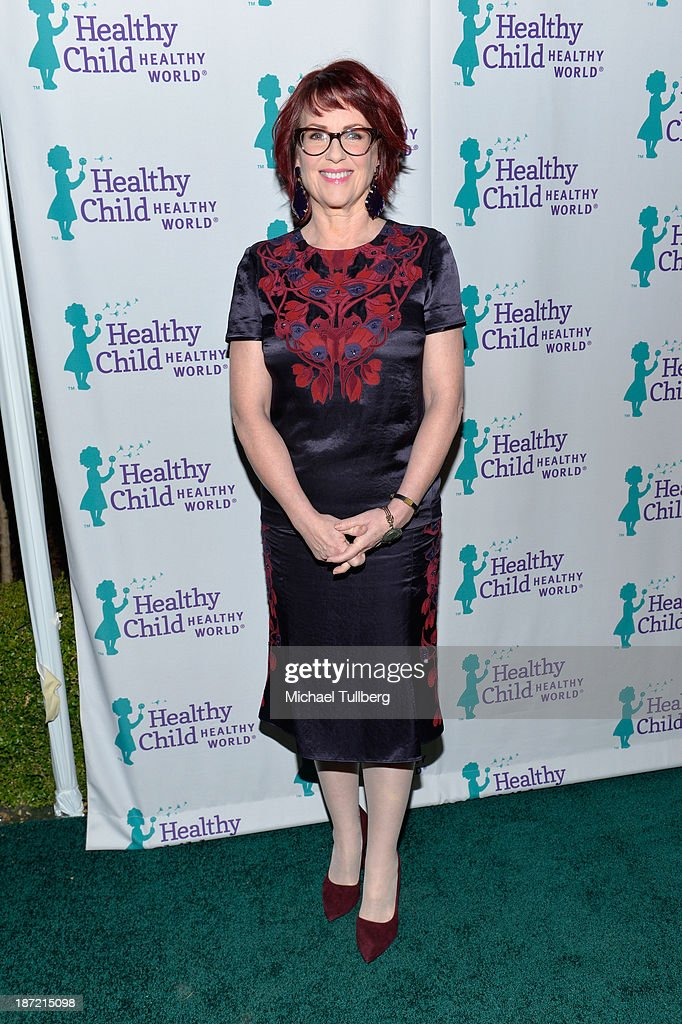 Actress Megan Mullally attends Mom On A Mission's 5th Annual Awards and Gala on November 6, 2013 in Pacific Palisades, California.