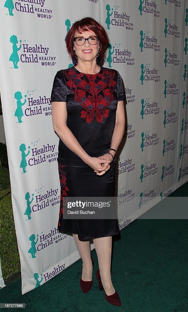 Actress Megan Mullally attends the Mom On A Mission's 5th Annual Awards & Gala on November 6, 2013 in Pacific Palisades, California.