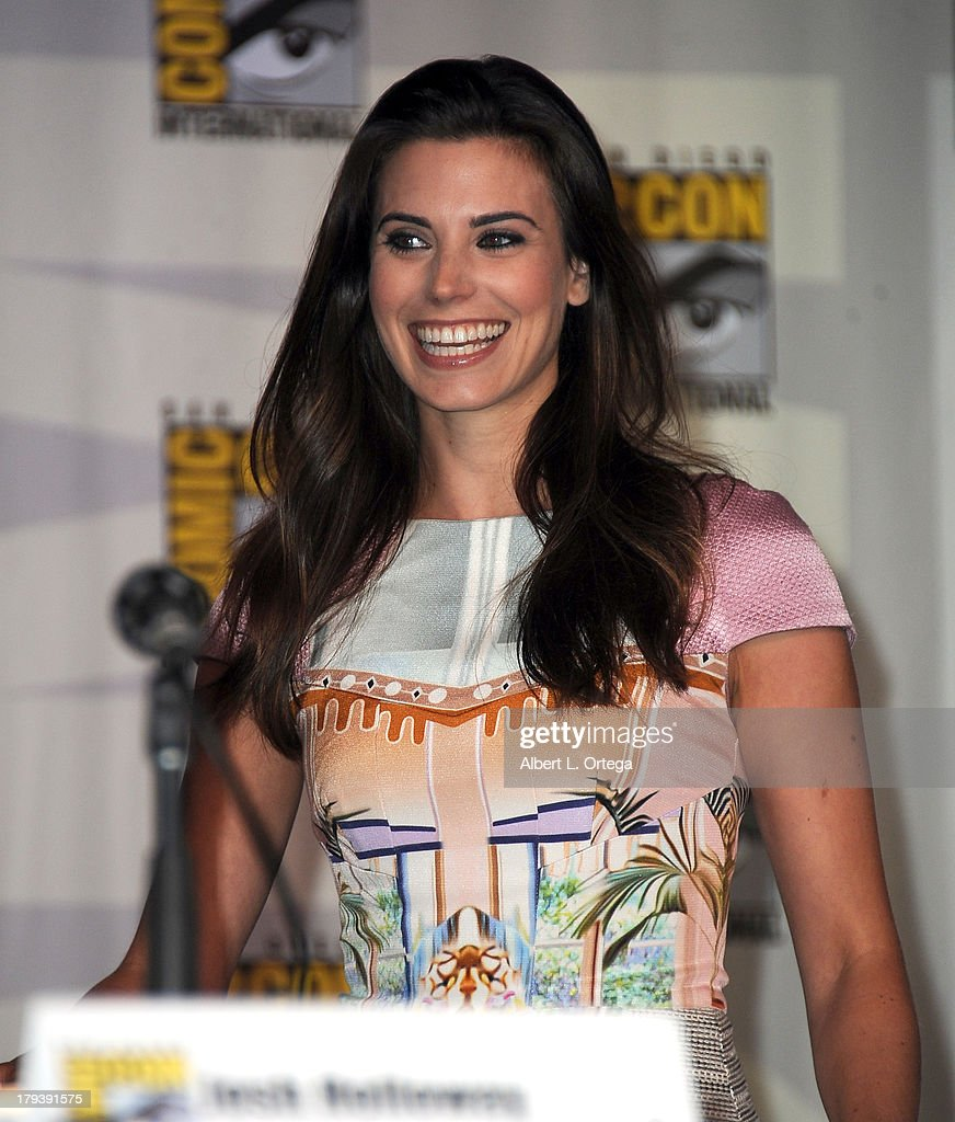 Actress Meghan Ory participates in the 'Intelligence' Panel on Day 1 of the 2013 Comic-Con International held at San Diego Convention Center on Thursday July 18, 2012 in San Diego, California.