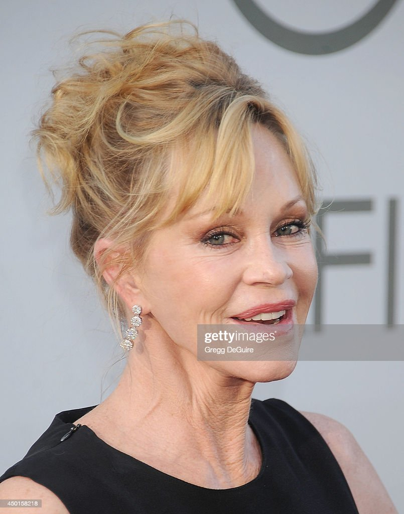 Actress <a gi-track='captionPersonalityLinkClicked' href=/galleries/search?phrase=Melanie+Griffith&family=editorial&specificpeople=171682 ng-click='$event.stopPropagation()'>Melanie Griffith</a> arrives at the 2014 AFI Life Achievement Award Gala Tribute at Dolby Theatre on June 5, 2014 in Hollywood, California.
