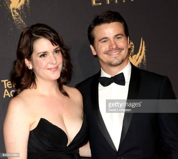 Actress Melanie Lynskey and actor Jason Ritter attend the 2017 Creative Arts Emmy Awards at Microsoft Theater on September 10 2017 in Los Angeles...