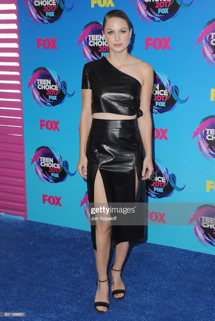 Actress Melissa Benoist arrives at the Teen Choice Awards 2017 at Galen Center on August 13, 2017 in Los Angeles, California.
