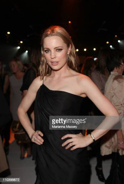 Actress Melissa George arrives as part of the L'Oreal Paris Runway 5 show on day five of the 2011 L'Oreal Melbourne Fashion Festival at Peninsula...