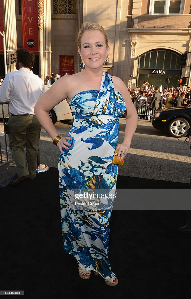 Actress Melissa Joan Hart arrives at the Los Angeles premiere of 'What To Expect When You're Expecting' at Grauman's Chinese Theatre on May 14, 2012 in Hollywood, California.