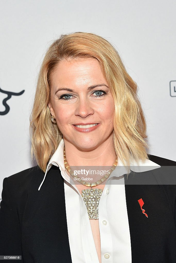 Actress <a gi-track='captionPersonalityLinkClicked' href=/galleries/search?phrase=Melissa+Joan+Hart&family=editorial&specificpeople=204647 ng-click='$event.stopPropagation()'>Melissa Joan Hart</a> attends the Steven Tyler...Out On A Limb Benefit Concert on May 02, 2016 in New York, New York.