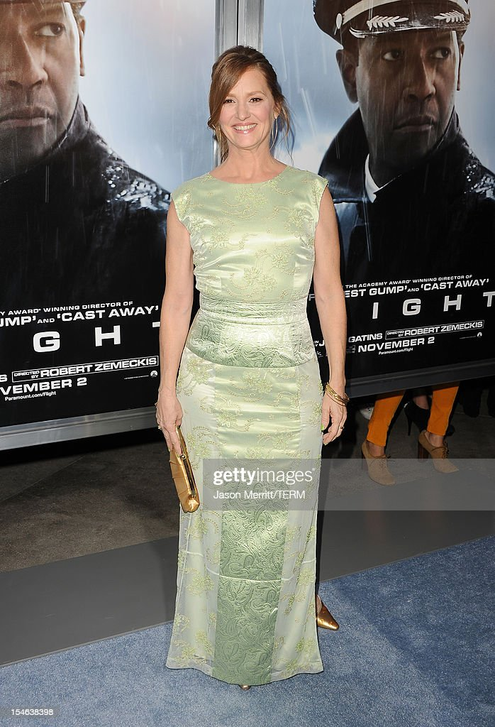 Actress Melissa Leo arrives at the premiere of Paramount Pictures' 'Flight' held at the ArcLight Cinemas on October 23, 2012 in Hollywood, California.