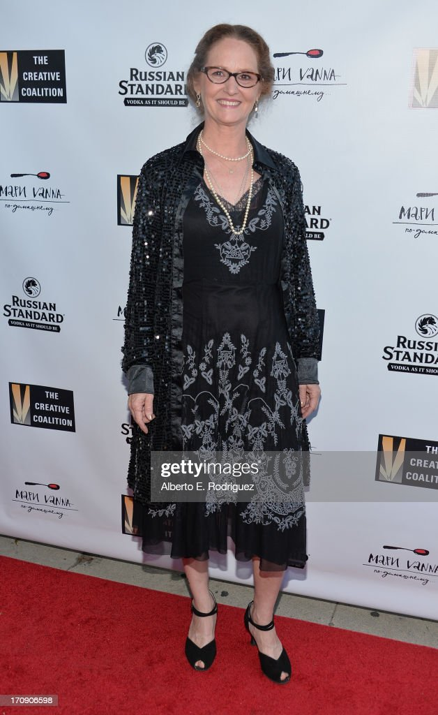 Actress <a gi-track='captionPersonalityLinkClicked' href=/galleries/search?phrase=Melissa+Leo&family=editorial&specificpeople=2083907 ng-click='$event.stopPropagation()'>Melissa Leo</a> attends The Creative Coalition's 2013 Summer Soiree at Mari Vanna Los Angeles on June 19, 2013 in West Hollywood, California.