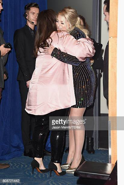 Actress Melissa McCarthy and singer Meghan Trainor in the press room during the People's Choice Awards 2016 at Microsoft Theater on January 6 2016 in...