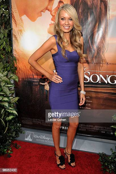 Actress Melissa Ordway arrives at the 'The Last Song' Los Angeles premiere held at ArcLight Hollywood on March 25 2010 in Hollywood California
