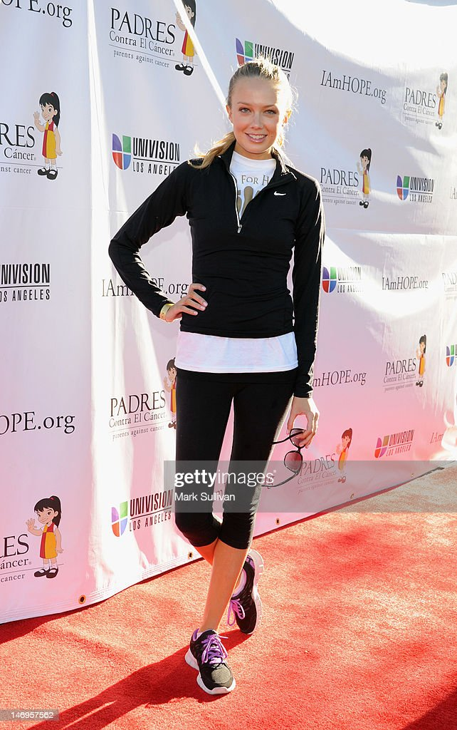 Actress Melissa Ordway attends PADRES Contra El Cancer's 'Stand For HOPE!' 5K Run/Walk at Rose Bowl on June 24, 2012 in Pasadena, California.