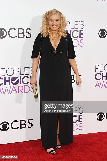 Actress Melissa Peterman attends the People's Choice Awards 2017 at Microsoft Theater on January 18 2017 in Los Angeles California