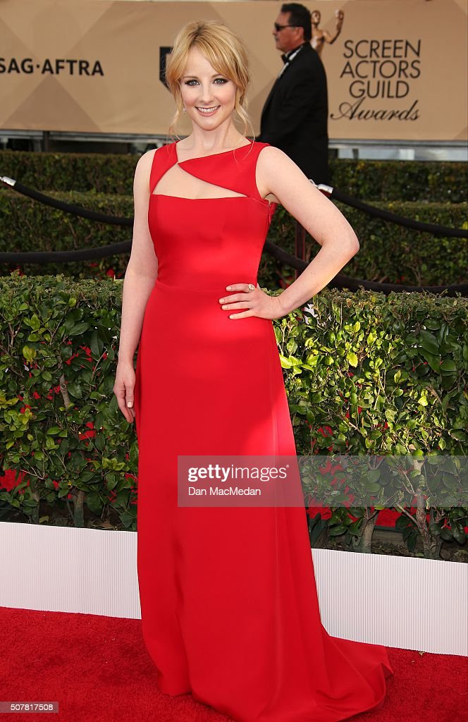 Actress Melissa Rauch attends the 22nd Annual Screen Actors Guild Awards at The Shrine Auditorium on January 30, 2016 in Los Angeles, California.