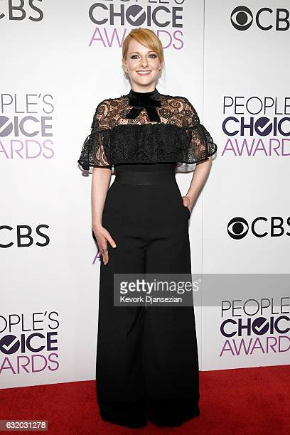Actress Melissa Rauch poses in the press room during the People's Choice Awards 2017 at Microsoft Theater on January 18 2017 in Los Angeles California