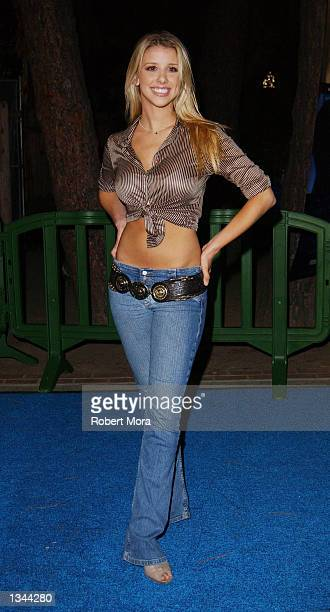 Actress Melissa Shuman attends the premiere of 'Swimfan' at UCLA's Sunset Canyon Recreation Center on August 19 2002 in Westwood California The film...