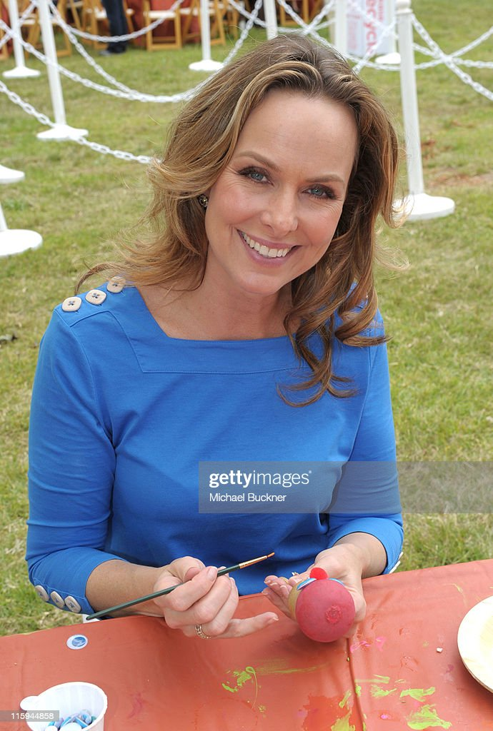 Actress <a gi-track='captionPersonalityLinkClicked' href=/galleries/search?phrase=Melora+Hardin&family=editorial&specificpeople=233545 ng-click='$event.stopPropagation()'>Melora Hardin</a> attends the 22nd Annual Time for Heroes Celebrity Picnic sponsored by Disney to benefit the Elizabeth Glaser Pediatric AIDS Foundation at Wadsworth Theater on the Veteran Administration Lawn on June 12, 2011 in Los Angeles, California.