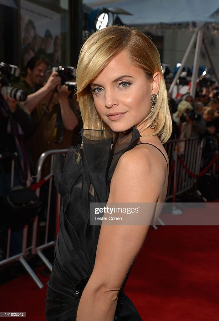 Actress Mena Suvari arrives at the 'American Reunion' Los Angeles Premiere March 19 2012 in Hollywood California