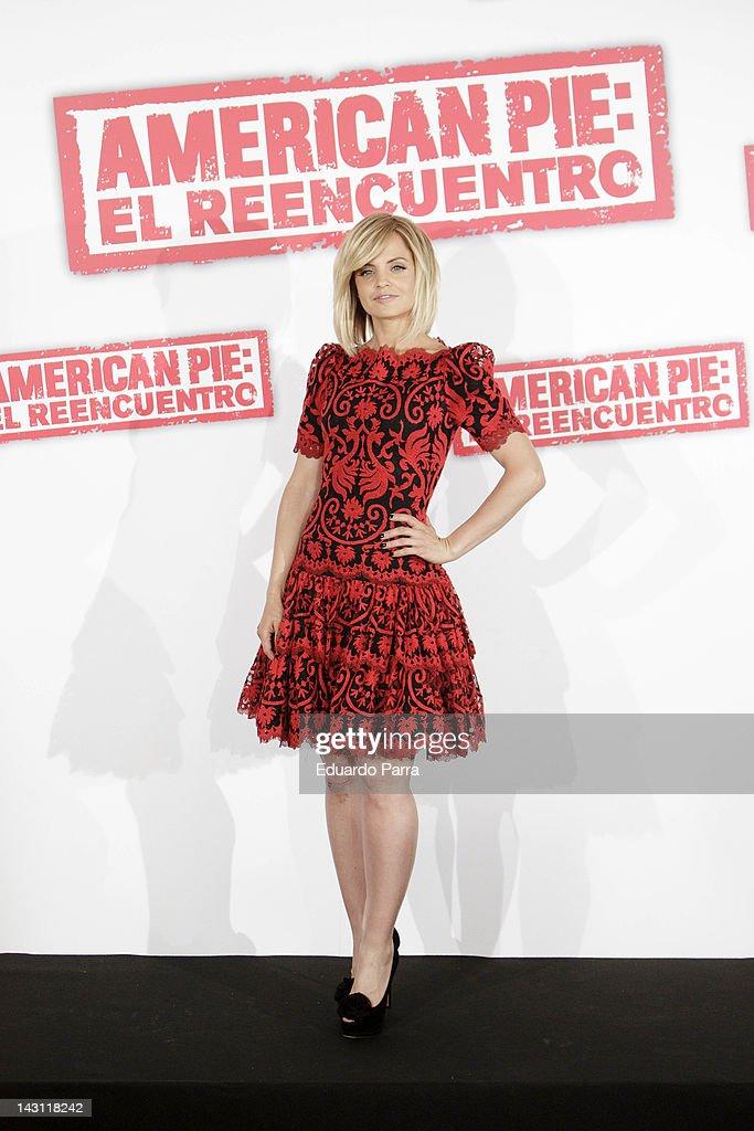 US actress Mena Suvari attends 'American Pie: Reunion' (American Pie: El Reencuentro) photocall at Villamagna Hotel on April 19, 2012 in Madrid, Spain.