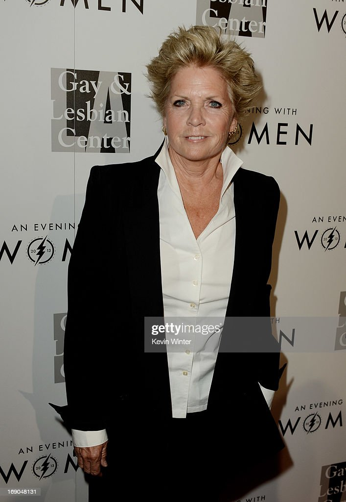 Actress Meredith Baxter arrives at An Evening With Women benefiting The L.A. Gay & Lesbian Center at the Beverly Hilton Hotel on May 18, 2013 in Beverly Hills, California.