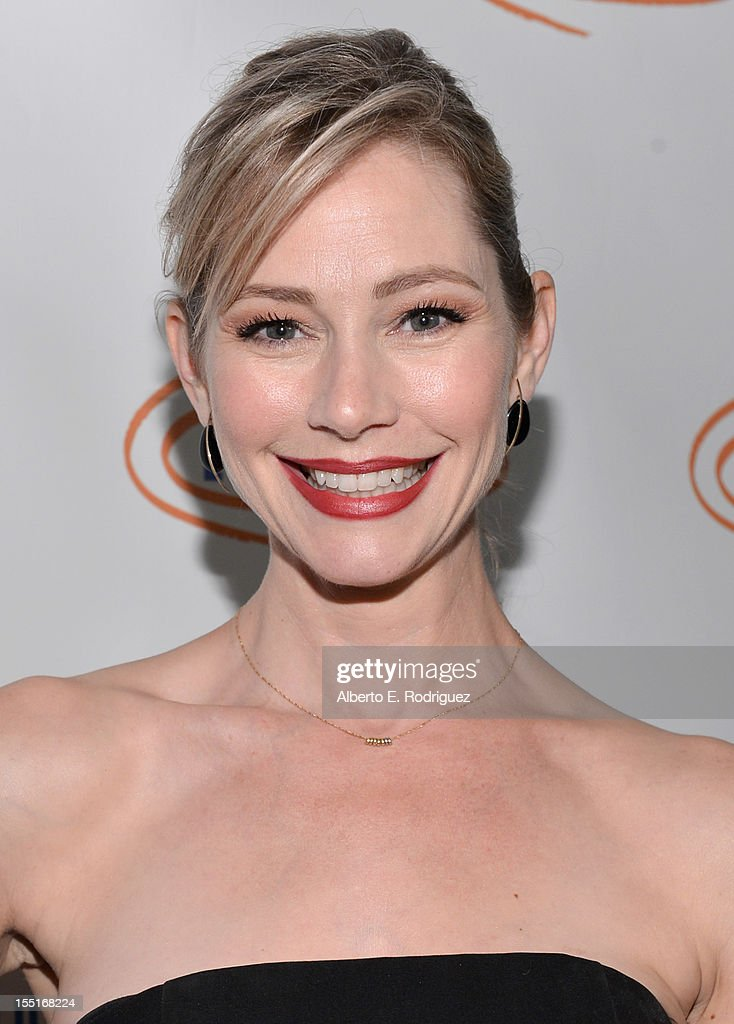 Actress Meredith Monroe arrives to the Lupus LA 10th Anniversary Hollywood Bag Ladies Luncheon at Regent Beverly Wilshire Hotel on November 1, 2012 in Beverly Hills, California.